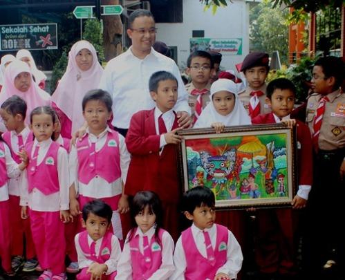 Mendikbud bersama siswa-siswi TK dan SD Unggulan AL-YA'LU